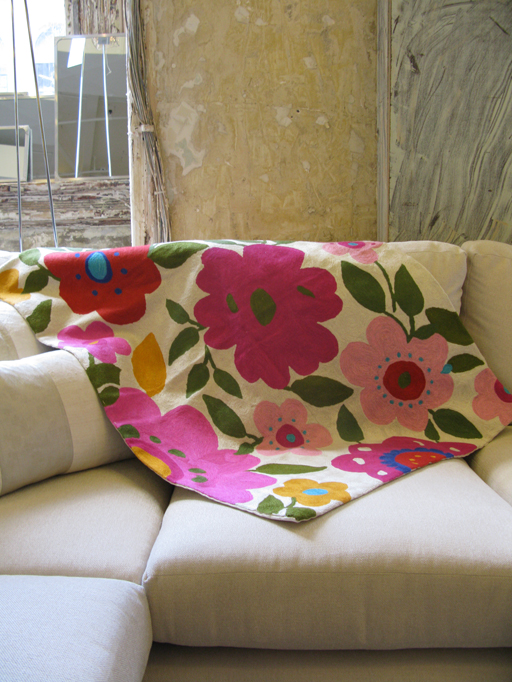 Kim Parker Home Hot Pink Garden Designer Throw
